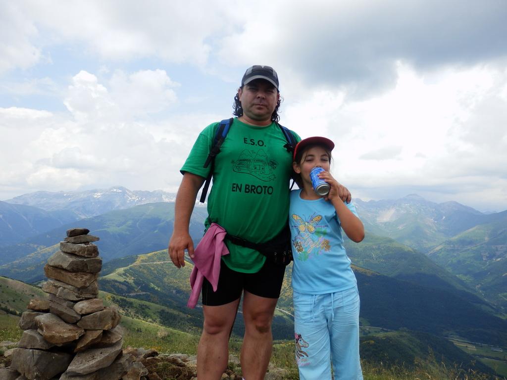 Peak Pelopin 2.007m - Jul 2013