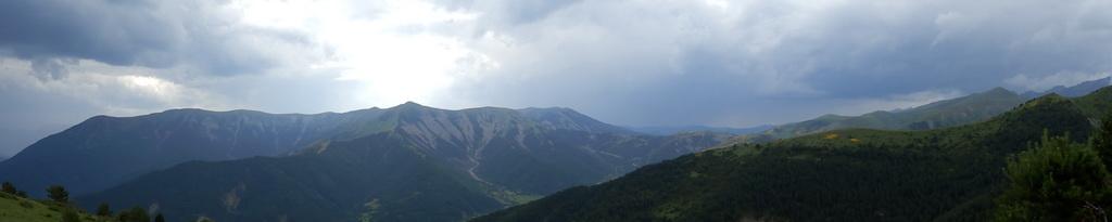 Peak Litro 2.003m - Jul 2013